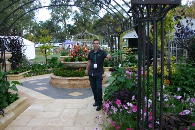 Garden_week_2012_Colin_3.JPG