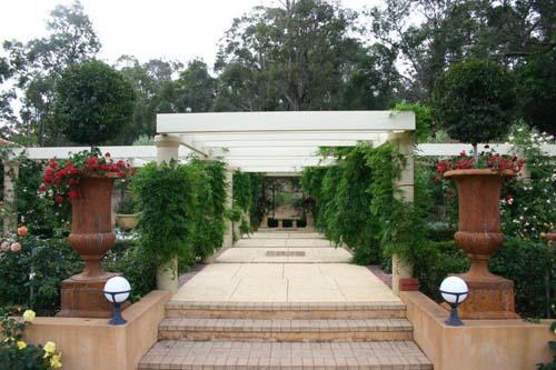 Le jardin de rose for 10 hill terrace mosman park